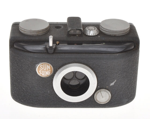 O.M.I. OMI Nistri Sunshine Universal very rare Italian 3 colors camera ca.1946