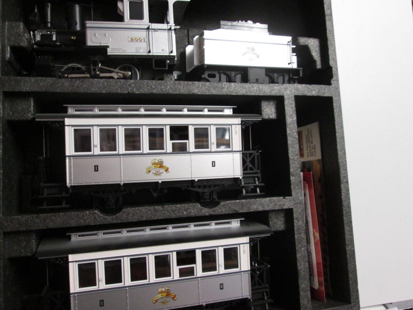 LGB 29151+47280 persone-Zugset 120 anni LGB con carri merci