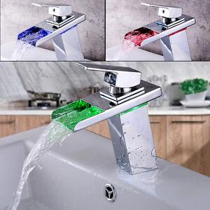 RGB LED rubinetto acqua a cascata MISCELATORE BAGNO LAVANDINO | eBay