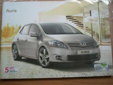 Toyota Auris range brochure Aug 2011