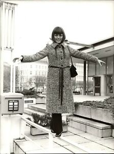 Mireille-Mathieu-en-Hamburg-Vintage-Photo-de-Presse-Norbert-Unfried-U-2253