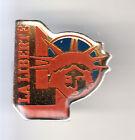 RARE PINS PIN'S .. TOURISME USA STATUE LIBERTE LIBERTY NEW YORK N.Y PRESSE ~CK