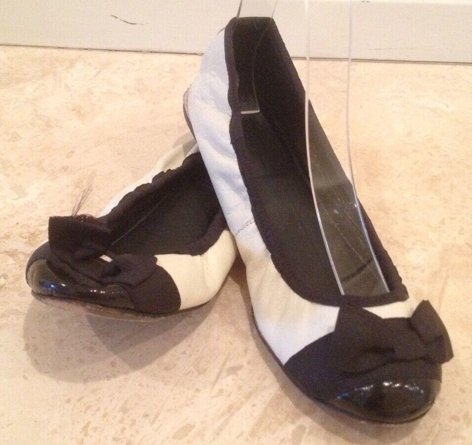 ZARA Black & White Leather Classic Capped Toe Ballet Flats Bow Sz 37 6.5M ITALY!