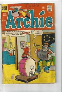 Lot-of-3-Vintage-Archie-Series-Comic-Books-Life-with-Archie-amp-Archie-3-total