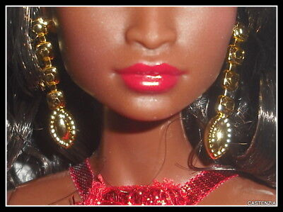 BARBIE DOLL SMALL PLASTIC FAUX GOLD HOOPS EARRINGS /& NECKLACE SET