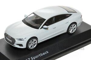 AUDI-A7-Sportback-Blanco-oficial-concesionario-de-Audi-Modelo-Escala-1-43-regalo-de-coche
