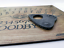 A4-Hand-Finished-Skull-Wood-Effect-Ouija-Board-with-Mystic-Oracle-Planchette miniatura 3