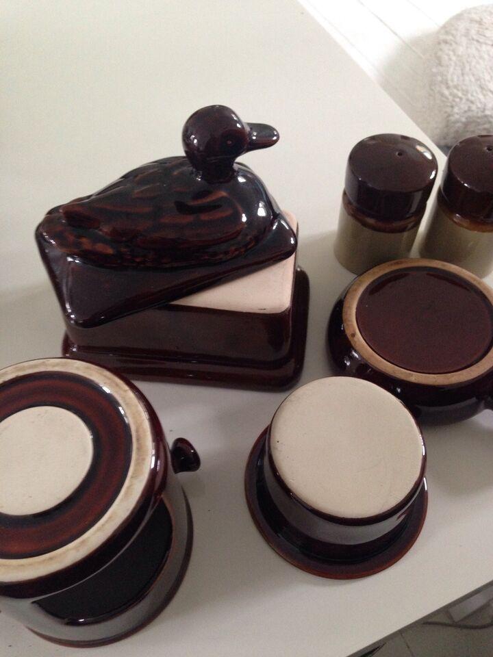 Keramik, Serverings effekter, Bl.a Signeret