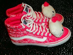 ccfca00057 VANS Hello Kitty Hawaiian Hi Pink SKATE VANS Hi Top Women s US Size ...