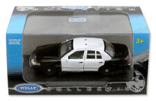1/43 Scale WELLY Ford Crown Vic Police Car With Optional Emergency Equipment