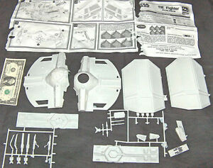 1997-STAR-WARS-ERTL-AMT-MODEL-IMPERIAL-TIE-FIGHTER-EMPIRE-PARTS-INSTRUCTION-LOOK
