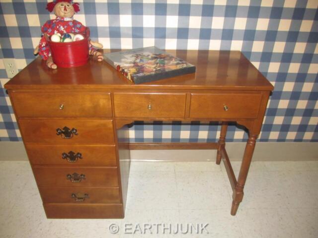 Ethan Allen Desk Heirloom Nutmeg Maple Custom Room Plan Crp 10 4550 Wood Top