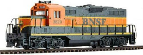 Walthers 931-120 Trainline EMD gp9m  BNSF   3820