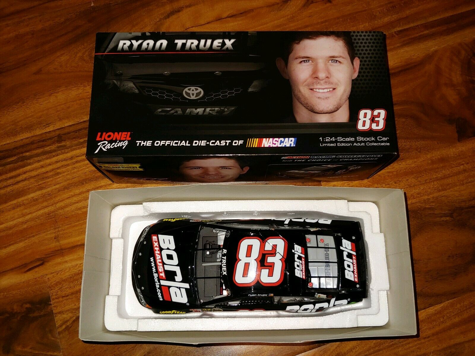 2014  83 Ryan Truex BORLA exhaust Rookie voiture 1 24 Action Lionel NASCAR Diecast