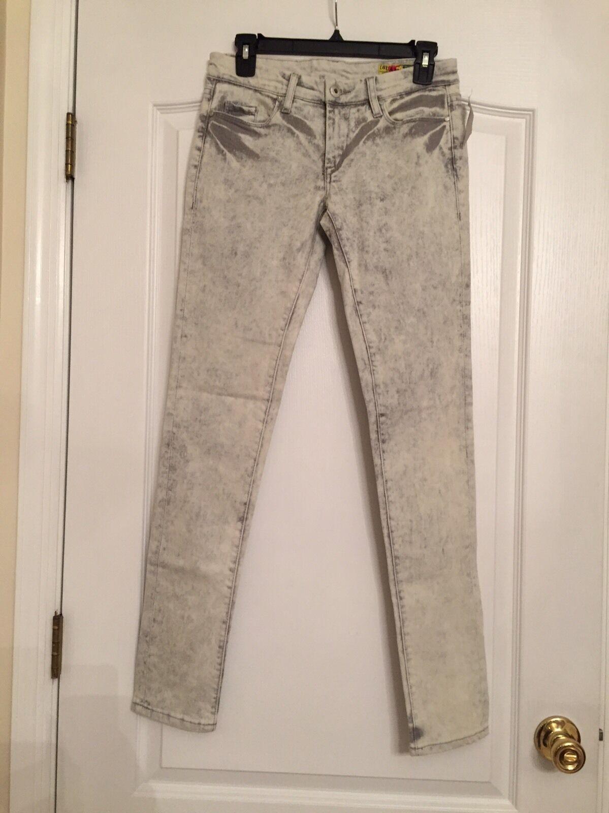 Blank NYC Woman's Stretch Skinny Leg Jeans - Size 27 - NWT
