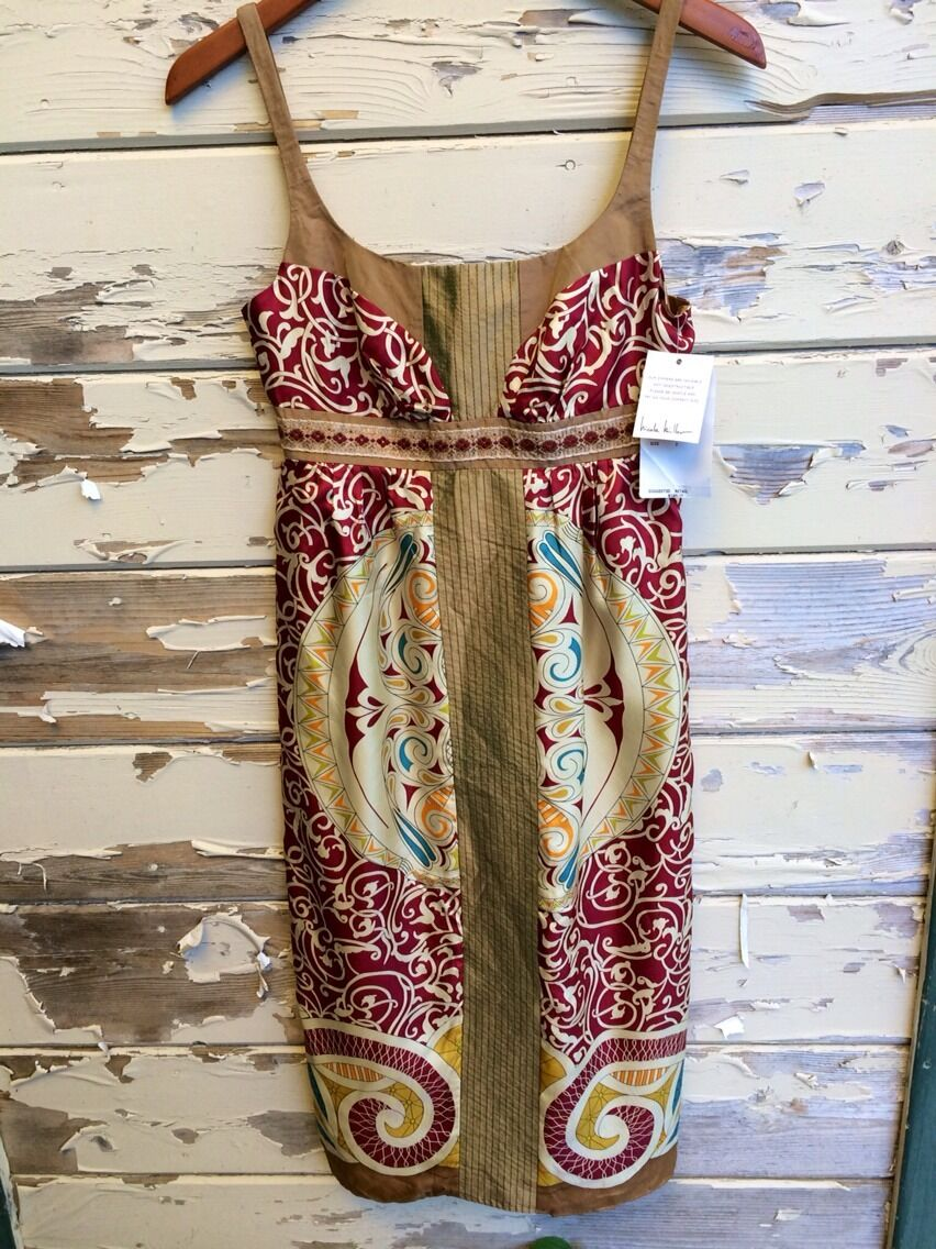 NWT  NICOLE MILLER COLLECTION 100% Silk Print Sleeveless Dress Cocktail L385