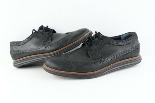 Mens Sketchers 10.5 US leather black and white wingtip oxfords
