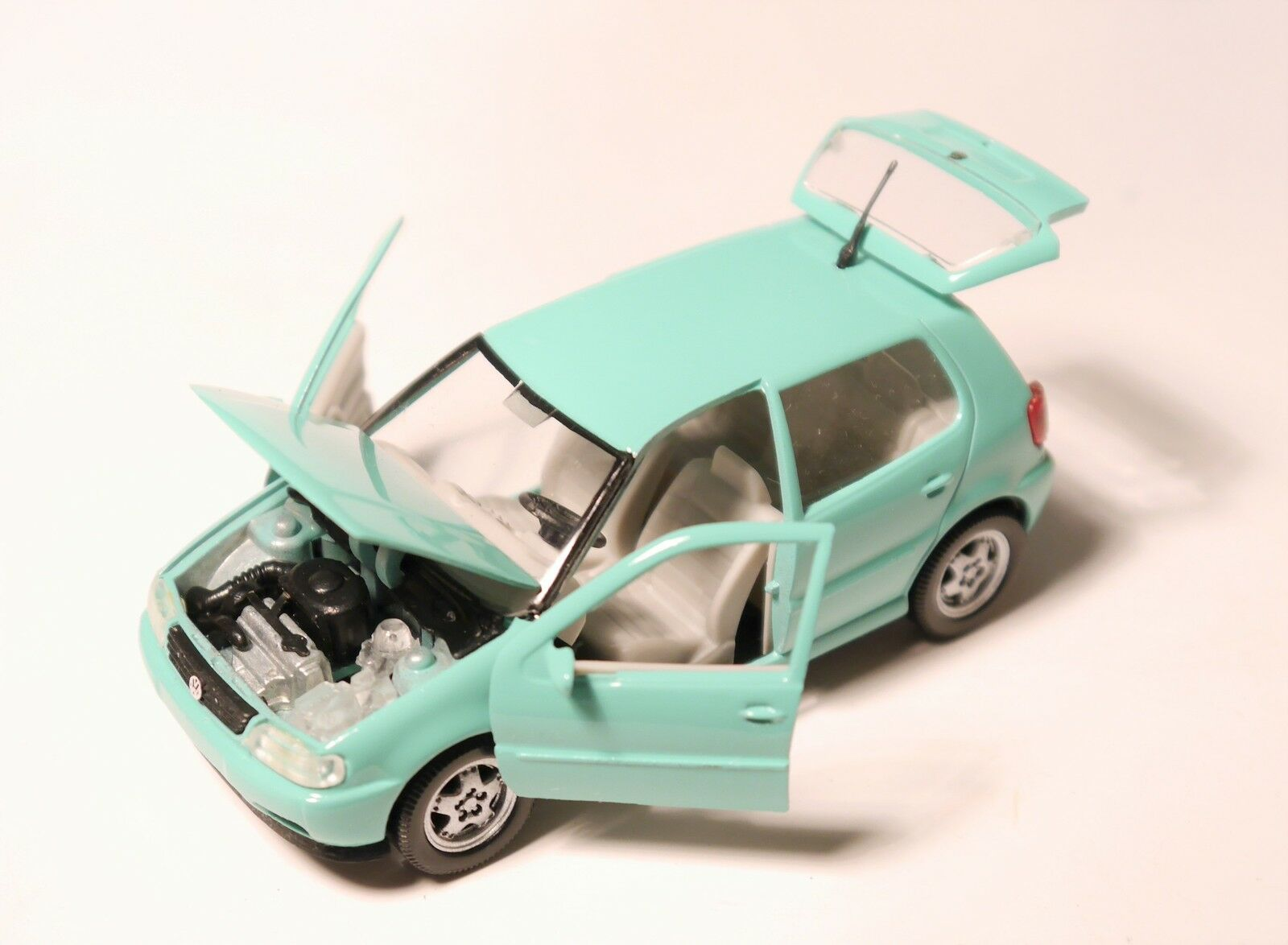 VW Polo Typ Typ Typ 6N 5türer 5doors in minz green mint green, Schabak 1 43 DEALER boxed  23232a