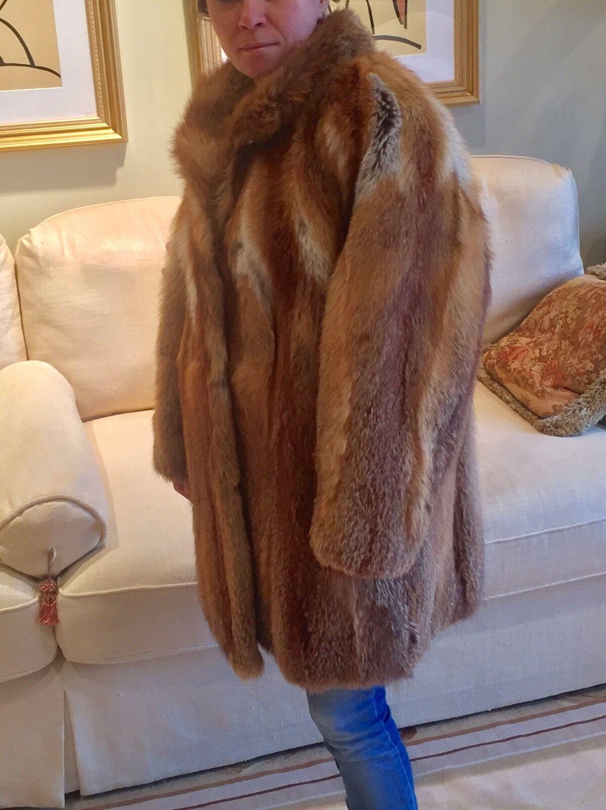 rojo Fox  chaqueta abrigo para la venta. Perfecto o cualquier ocasión y todas las temporadas  sin mínimo