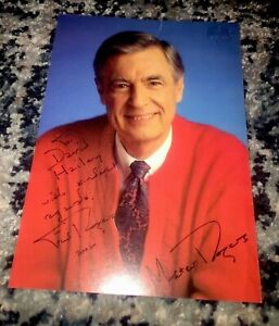 Signed Mister Rogers Neighborhood 5x7 Photo Mr Fred Rogers Pbs Autograph Ebay