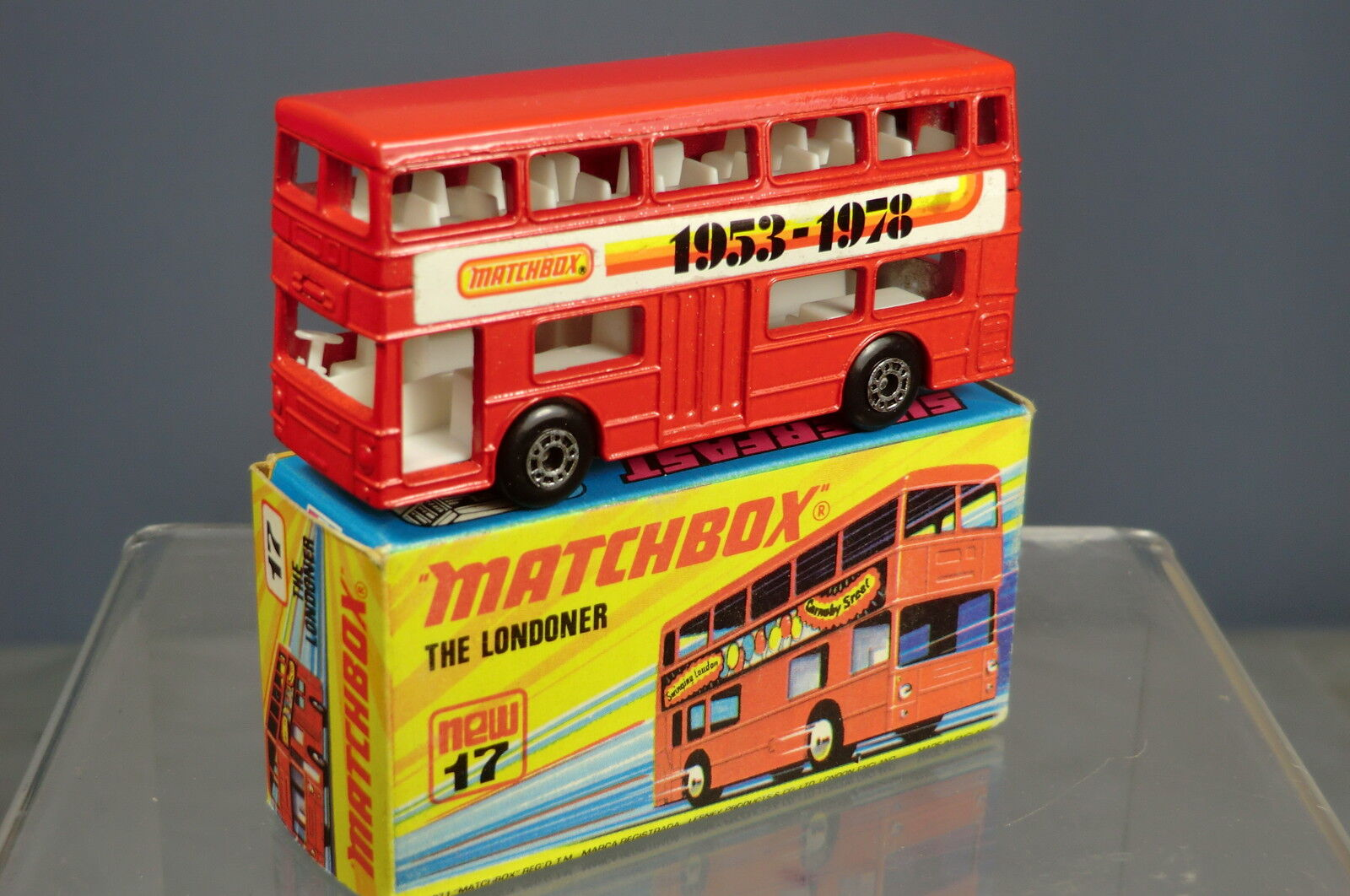 MATCHBOX SUPERFAST MODEL No17F 25th ANNIVERSARY   1953- 78  LONDON BUS   MIB
