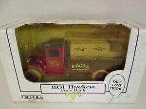 Budweiser-1931-Hawkeye-Crate-Die-Cast-Metal-Bank-by-Ertl-Collectibles-NIB