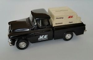 Ertl-Diecast-Metal-Coin-Bank-1955-Chevy-Cameo-Ace-Hardware-Truck-w-Lock-0524