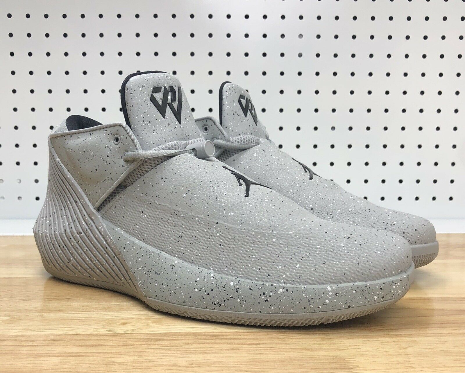 Nike Air Jordan Why Not ZerO.1 Low Cement Grey AR0043-002 Men's Sz 9.5 Westbrook