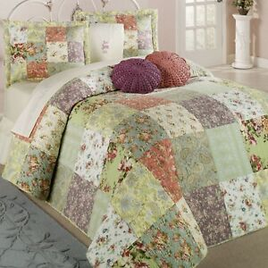 BEAUTIFUL XXXL OVERSIZED VINTAGE RED GREEN FLORAL PATCHWORK BEDSPREAD SET NEW!!