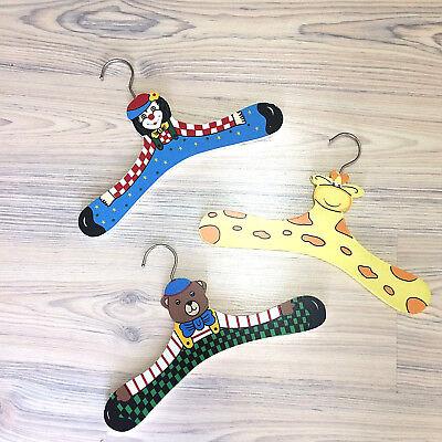 Dutiful 3 Bügel Holzbügel Kleiderbügel Für Kinder Bekleidung Motive Bär Giraffe Clown With A Long Standing Reputation Other Kids' Clothing & Accs