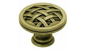 "PN1513-ABT 1 1/2"" Ribbon & Reed Cabinet Drawer Knob Knob Antique Brass"