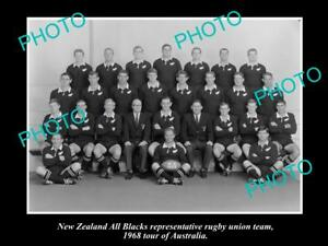 OLD-LARGE-HISTORIC-PHOTO-OF-THE-NEW-ZEALAND-ALL-BLACKS-RUGBY-UNION-TEAM-1968