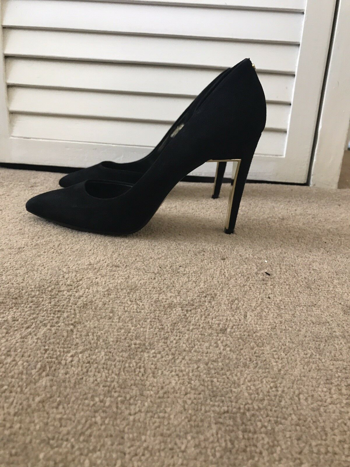 Black Suede Red Baker Court shoes Size 7   40 - Only Worn 3 Times