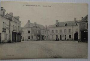 Vernantes-49-CPA-Grosse-Platz-Hotel-De-La-Post-pharmacie-Bon-Etat-1915