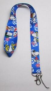 Peanuts-SNOOPY-Blue-LANYARD-KEY-CHAIN-Ring-Keychain-ID-Holder-NEW