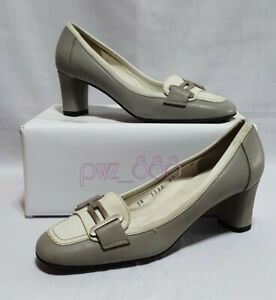 SALVATORE FERRAGAMO Gray and White Leather Pumps Heels Size 5 D