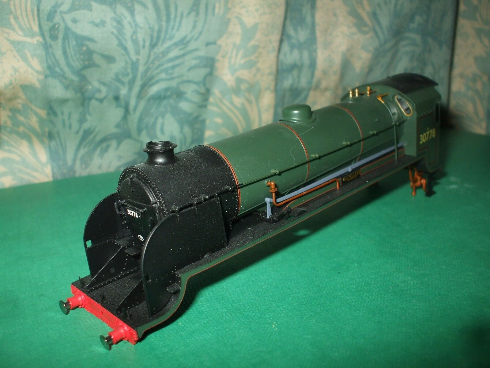 HORNBY EX SR N15 KING ARTHUR CLASS LOCO BODY ONLY - SIR PELLEAS
