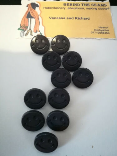 baby,children.Novelty includes 20 Colours Smiley face buttons 15mm round shank