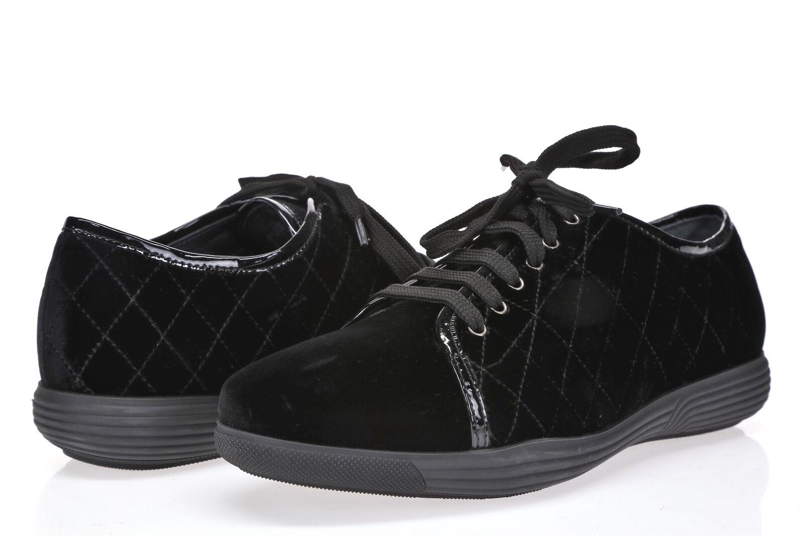 AQUATALIA Womens Black Velvet Lace Up Fashion Sneakers Sz 8.5