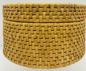 """Old VTG Handwoven 8.1/4""""x 4.1/2"""" Ethnic Round Weave Basket Lidded Container !."""