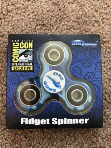 SDCC 2017 Comic Con Diamond Select Exclusive Fidget Spinner Blue Swirl!!