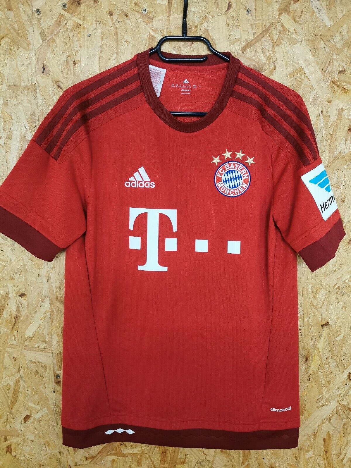 Bayern München Original Trikot aus der Saison 15 16, 9 Lewandowski