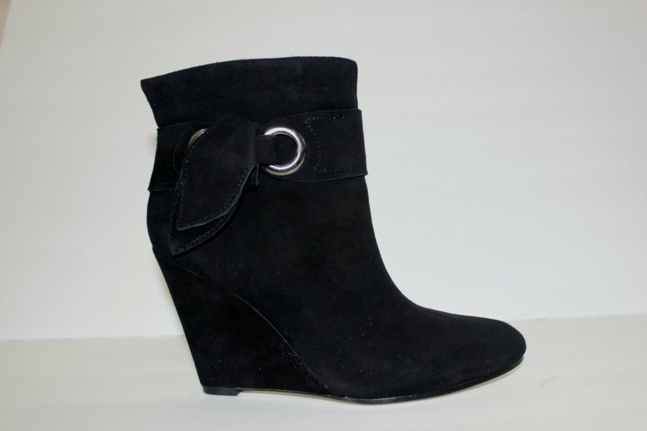 Boutique 9 Shoe Size 8.5 M Black Suede Leather High Ankle Fashion Women's Boot