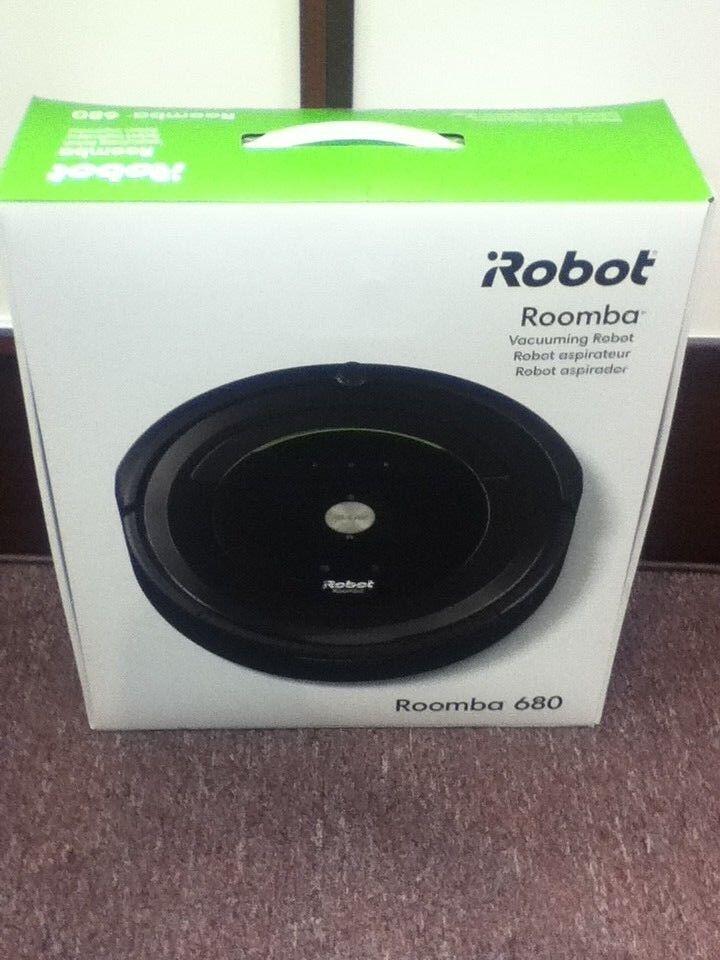 New in box, iRobot Roomba 680 Vacuuming Cleaner 680 ROBOT VACUUM