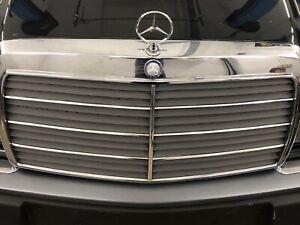 Mercedes-W124-W116-W126-W140-Kuehlergrill-Zierstaebe-Zierleisten-Chromleisten