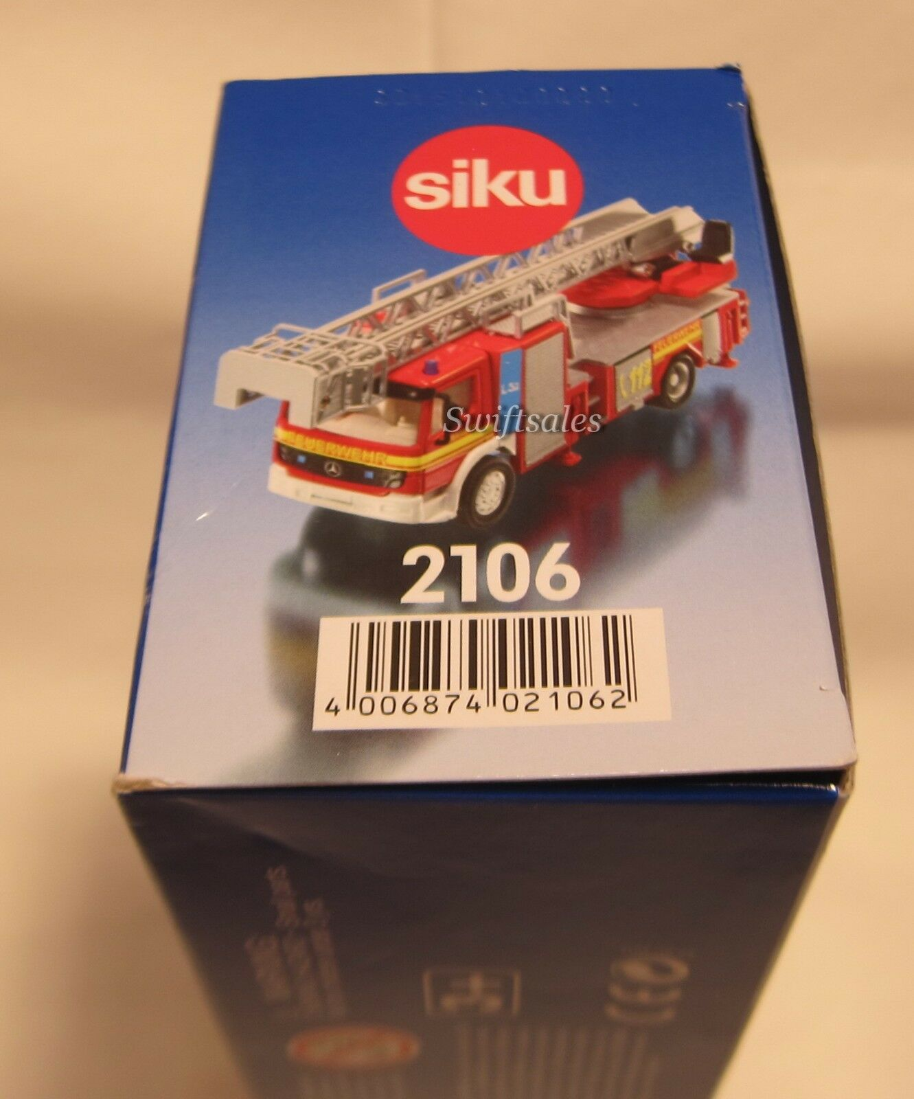 Siku 2106 - Mercedes Fire Engine Ladder - Ships Ships Ships from USA - NEW  e628ea