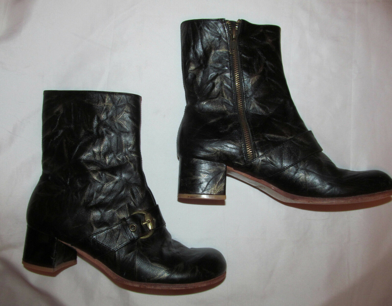 GEE WAWA crinkle strap schwarz and gold frnt strap crinkle buckle zip Stiefel 8 b3da3d