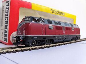 Locomotive-diesel-V-220-DB-Fleischmann-4235