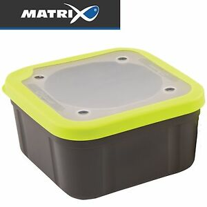 Fox-Matrix-Grey-Lime-Bait-Boxes-Solid-Top-Koederbox-Angelbox-fuer-Angelkoeder