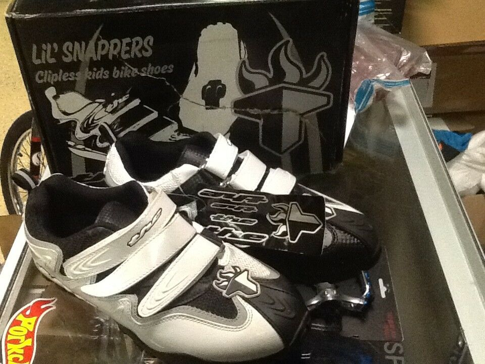 THE  Industries BMX size 3 Little Snappers Clipless MTB Bike shoes NEW